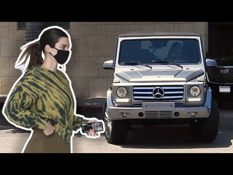 Kendall Jenner Cruises In Her G-Wagon After Hitting The Gym