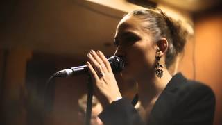Video mr.moon - sunny || live in Scherz Kafe || Bratislava 2014