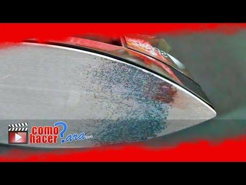 Cómo Limpiar la Base de una Plancha