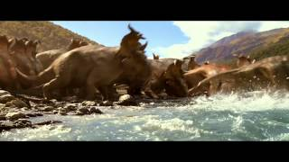 Family Adventure TV Spot - Walking with Dinosaurs