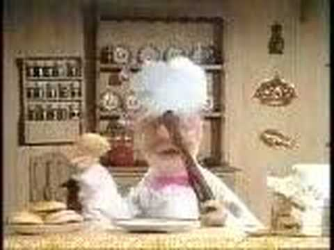 donut - Muppet Show - Swedish Chef - making donut.