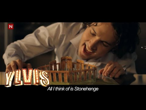 stonehenge - Ylvis - [Official music video playlist HD]: http://www.youtube.com/watch?v=jofNR_WkoCE&list=PLfNe3nGQENtP3VCn1t1pybju9ffSPBohU Musikkvideo fra talkshowet I K...