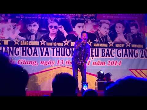 Độc Thoại Remix - Tuấn Hưng hát tại Hội Chợ Bắc Giang 2015
