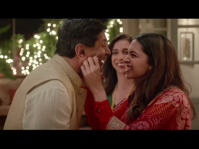 Divyam ad video by tanish deepika padukone and family for Deepika padukone new photoshoot for tanishq jewelry divyam collection