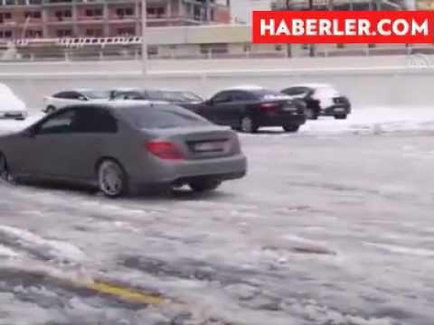 Karlı ve Buzlu Yollarda Araba Sürme Araç Kullanma