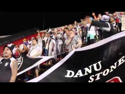 Hinchada de Danubio en Morumbí - Los Danu Stones - Danubio
