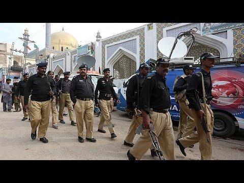Πακιστάν: Εκτεταμένη επιχείρηση του στρατού μετά την αιματηρή επίθεση σε τέμενος