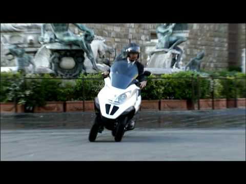 Piaggio MP3 Hybrid Launch Video