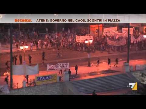 atene: la risposta violenta dei cittadini