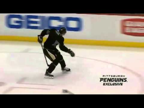 Crosby - Various clips of Sidney Crosby practicing with Pittsburgh Penguins. Creative skills and stickhandling. I do not own the right to these clips.