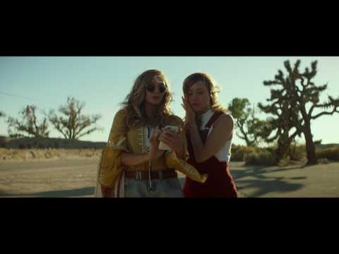 Ingrid Goes West (Clip 'On the Floor')
