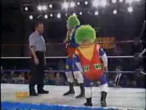 Video WWE Doink Dink Debut download in MP3, 3GP, MP4, WEBM, AVI, FLV January 2017