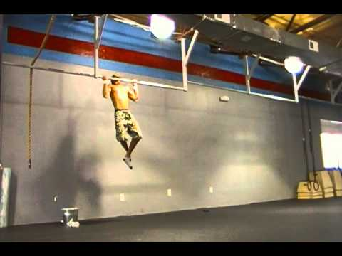 CrossFit 516- strict pull-up/ Handstand pushup WOD