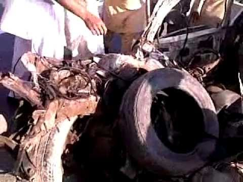 talagang - accident k bahd car ki halat .accident near dharabi. talagang ki tareekh ka sab say bura accident. aik ghar k teen shaheed. allah un ko janat day amin. uploa...