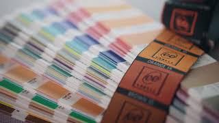 Wie treffen wir die Pantone-Farben