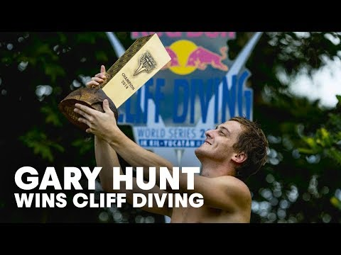 gary - More cliff diving action right here: http://win.gs/1DnmXkk Gary Hunt ends his cliff diving season in style, claiming the final podium of the season at the Ik Kil Cenote on Mexico's Yucatán...