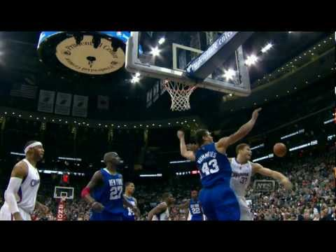 humphries - Check out this amazing block from Kris Humphries as he denies Blake Griffin the alley-oop slam!