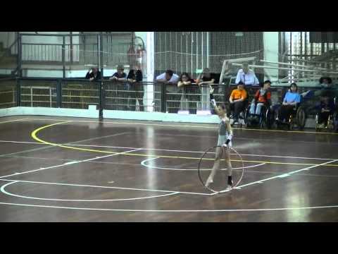 Esibizione di pattinaggio, danza, ginnastica e twirling; prima partita di baskin