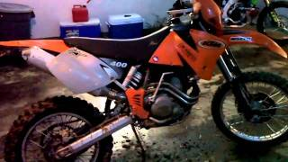 6. 2001 KTM 400EXC Walk Around/Start Up