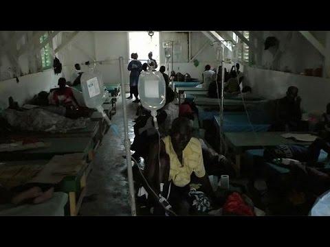 Αϊτή: Θερίζει η χολέρα μετά το πέρασμα του τυφώνα Μάθιου