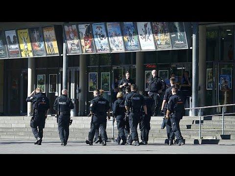 Γερμανία: Νεκρός ένοπλος εισβολέας σε κινηματογράφο – δεν συνδέεται με τρομοκρατία