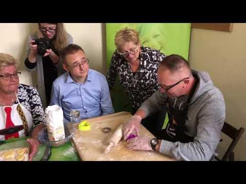 Wideo1: Prezydent Łukasz Borowiak odwiedził jako wolontariusz Fundację Jesienny Uśmiech