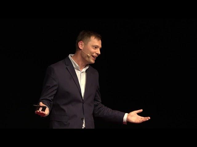 Mi közöm hozzá? | Gergely Litkai | TEDxBudapestSalon