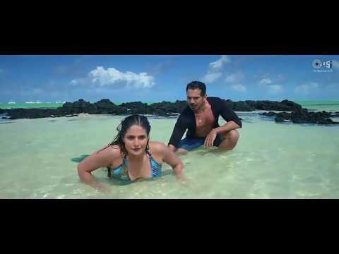 Video Aksar 2 All Kissing scene Zareen Khan And Abhinav Shukla download in MP3, 3GP, MP4, WEBM, AVI, FLV January 2017