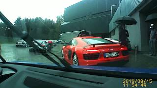 """Skats no kabīnes; """"Audi R8 plus"""" traucas Biķernieku trasē"""