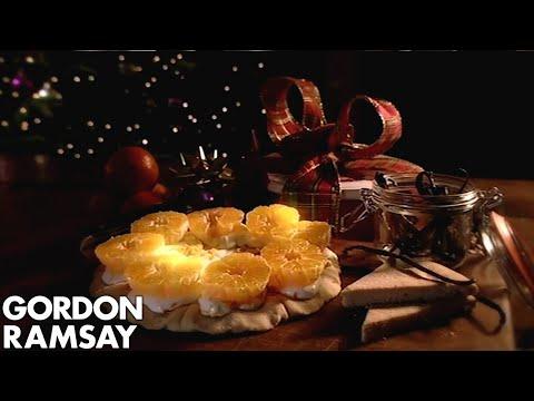 Vanilla Shortbread With Crème Fraîche & Clementines | Gordon Ramsay - Thời lượng: 2 phút, 39 giây.