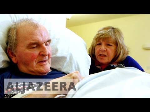 UK: Care for elderly in crisis as nursing homes run out of funds
