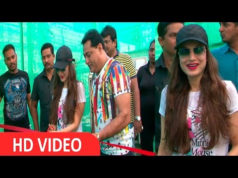 First Largest Pet Show Inauguration By Ameesha Patel