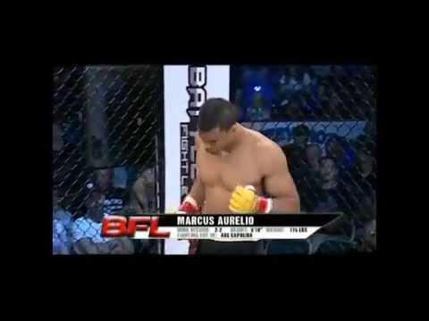 prof  barraozinho capoeira axe mma highlights (видео)