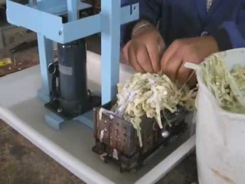 Maquina para  hacer Briquetas de papel en tiras