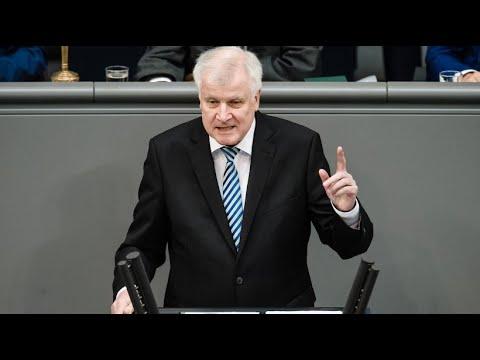 Klare Worte: So möchte Seehofer in Deutschland Sicherhe ...