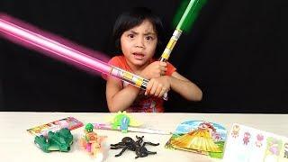 Video Terima Kasih Abang Pedagang Mainan Keliling Yang Pertama Kali Yaya Beli Mainan Murah ! MP3, 3GP, MP4, WEBM, AVI, FLV November 2018