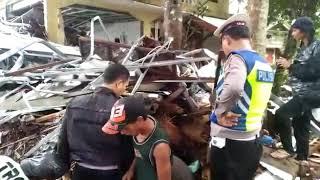 Video Evakuasi korban tsunami selat sunda MP3, 3GP, MP4, WEBM, AVI, FLV Januari 2019