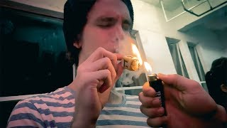 Smoking a gold DREIDEL BLUNT & Flying Drones in Grow Rooms! by HighRise TV