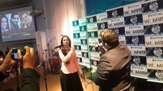 Robinson Monteiro E Lydia Moises Cantando N Festival W.Music