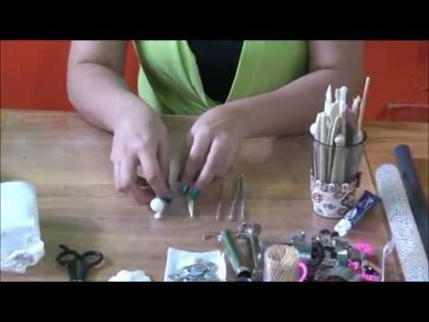 porcelanicron - Luz Adriana Sanabria, profesora de artes plasticas y excelente artista esceña en esta serie de videos tecnicas y principios para lograr finos y profesionales...
