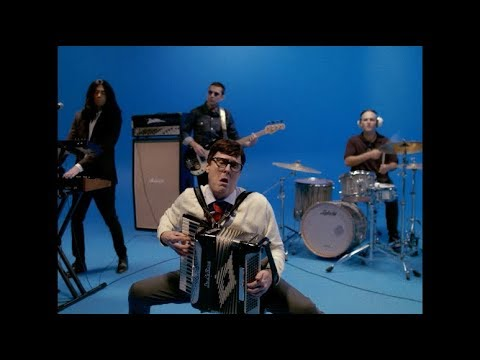Video Weezer - Africa (starring Weird Al Yankovic) download in MP3, 3GP, MP4, WEBM, AVI, FLV January 2017