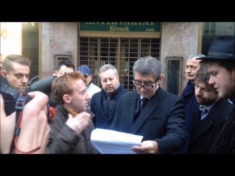 Předání Chvilky pro Andreje Andreji Babišovi