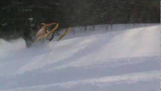 9. Ski Doo REV MXZ X-RS 800 Ripping Powder !