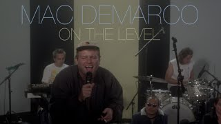 "Mac DeMarco performs ""On The Level"" for an intimate Pitchfork Live show.------