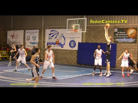 Here's Robert Bobroczky, 15 years old and 7'6 Tall: the teenager who dominates the basketball court