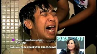 Video Kenangan Denny Cagur Bangunin Olga - dahSyat 30 Maret 2015 MP3, 3GP, MP4, WEBM, AVI, FLV September 2019