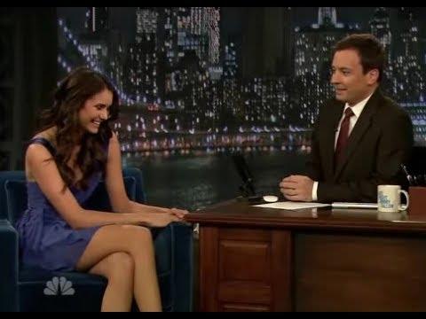 Nina Dobrev on Late Night With Jimmy Fallon 4/11/2010 [Altyazılı]
