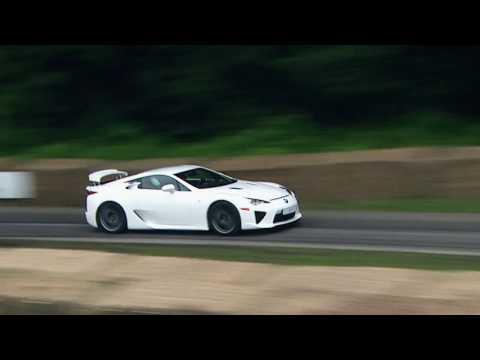 Lexus   تحوّل ال RC F  إلى سيّارة سباق