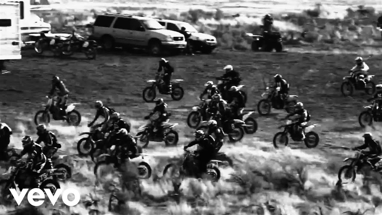 BLACK REBEL MOTORCYCLE CLUB * LET THE DAY BEGIN (OFFICIAL VIDEO) – ASK iAN