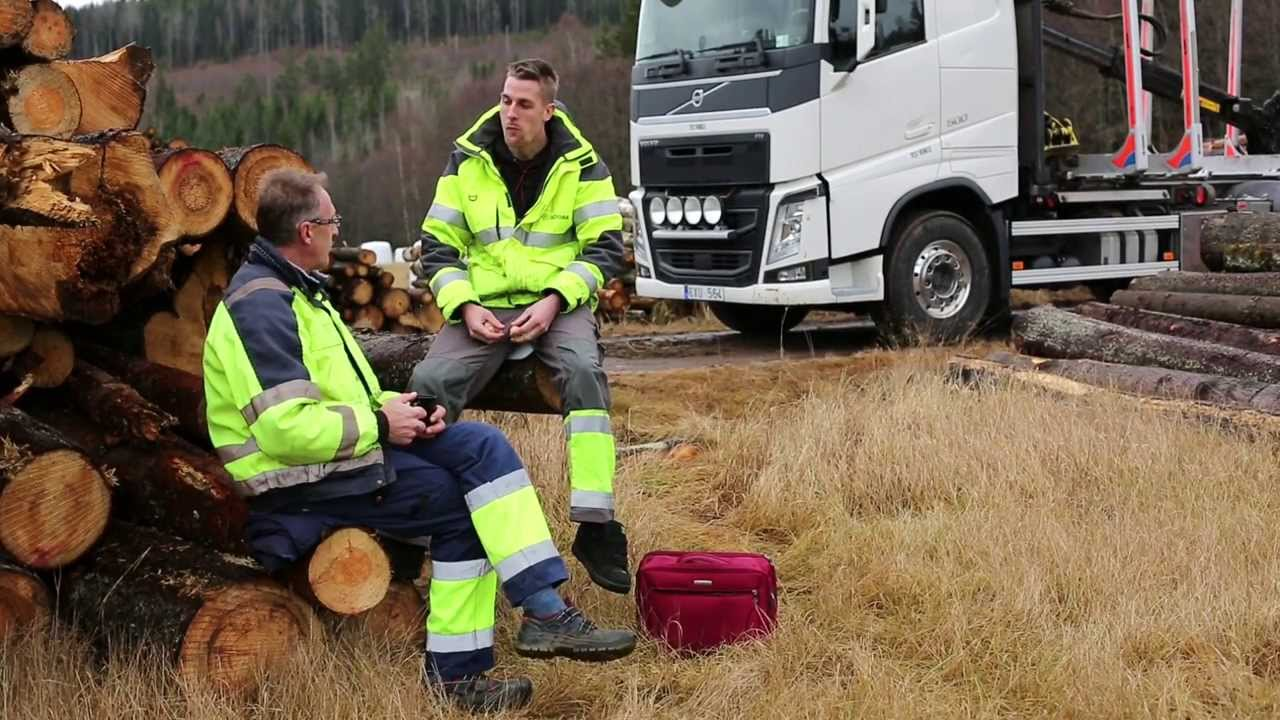 Volvo Trucks - Fewer injuries at work with Volvo Dynamic Steering